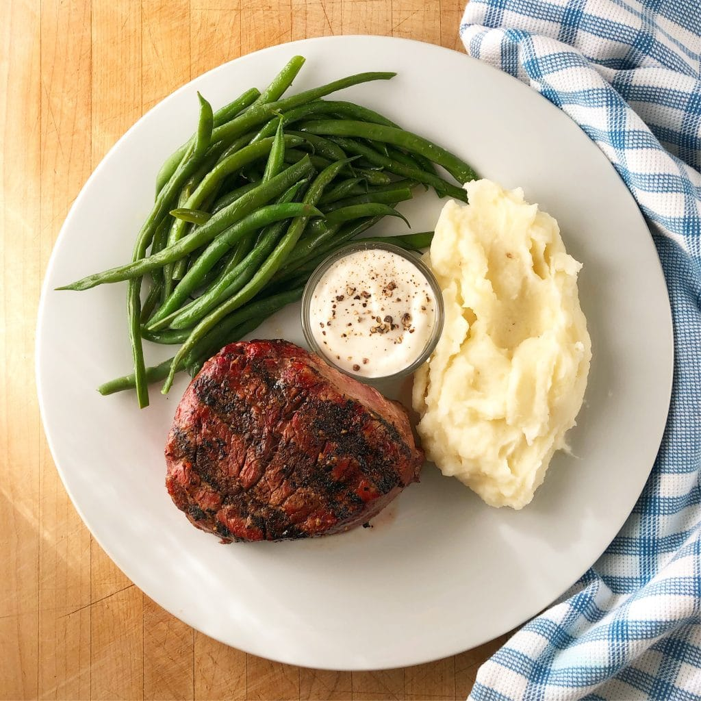 Steak with creamy horseradish sauce